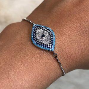 Jewelry - 🆕 Evil eye bracelet silver